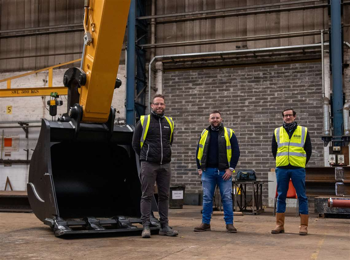 CessCon Decom staff take delivery of the Sany SY500H excavator